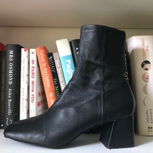 & Other Stories Square Toe Leather Boot